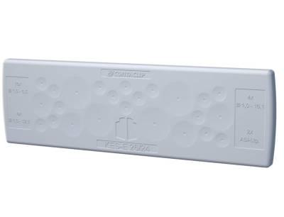 Schraubenlose Kabeleinführungsplatten der KES-E-Reihe lassen sich einfach in Gehäuse-Durchlassöffnungen drücken und dichten die Einführungen mit IP64 ab