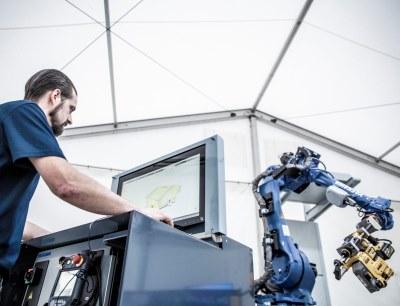 Für die Programmierung des Bohrroboters wird ein BIM-Modell des Raums, in dem der Bohrvorgang stattfinden soll, im System eingelesen
