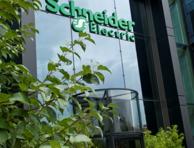 Schneider Electric nimmt im Ranking der Financial Times den vierten Rang in der Elektronikbranche ein und kommt unter die Top 50 in der Gesamtwertung