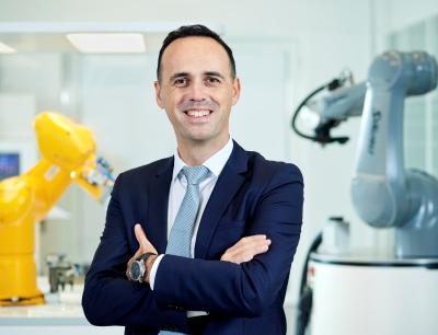 Christophe Coulongeat, Group Divison Manager Robotics