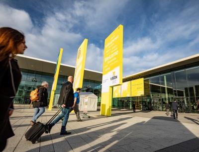 Die Vorbereitungen für die Vision, die Weltleitmesse für Bildverarbeitung, die vom 5. bis 7. Oktober 2021 physisch in Stuttgart stattfinden soll, nehmen Fahrt auf