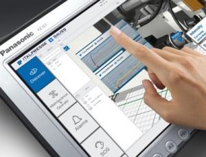 Italpresse Gauss hat mit der Augmented und Virtual Reality Software von Aveva ein neues Tool