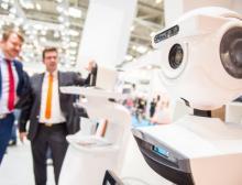 Kuka zeigte auf der Automatica in Halle A4 wie die Welten der Mechatronik und Digitalisierung verschmelzen