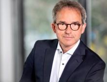 Marktführer für Industrieautomatisierung setzt Wachstumskurs fort und erweitert das Management-Team mit Oliver Gronau als CCO