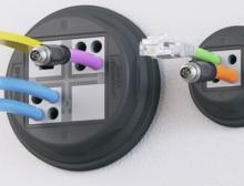 Variantenreiches, werkzeuglos montierbares Kabelmanagement-System für runde Durchführungen mit Schutzart IP66
