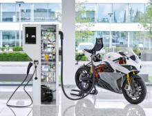 Phoenix Contact E-Mobility bietet für den stark wachsenden Markt der Elektromobilität ein breites Produktportfolio